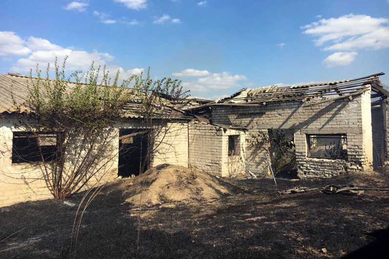 В Павлограде горела заброшенная ферма