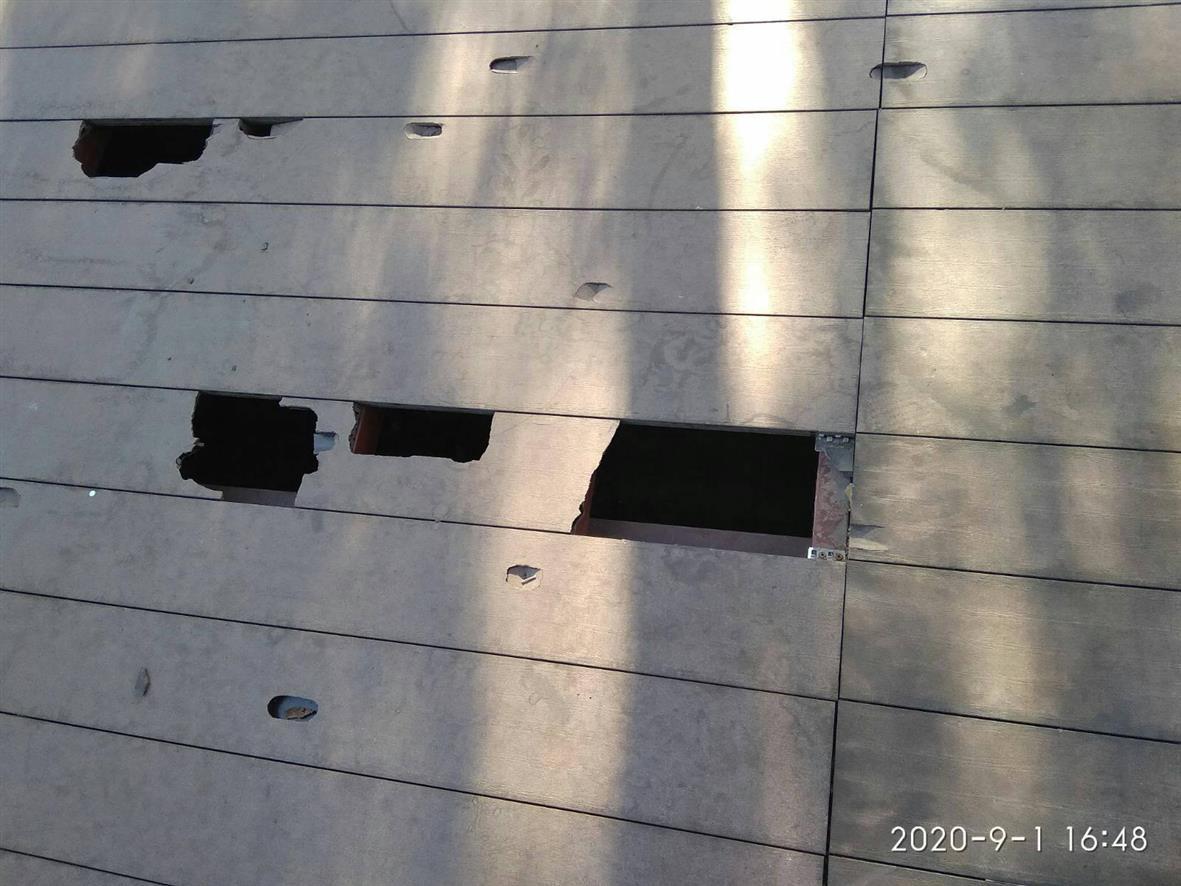 Дикое варварство: в Павлограде неизвестные разгромили новую сцену в сквере Шевченко