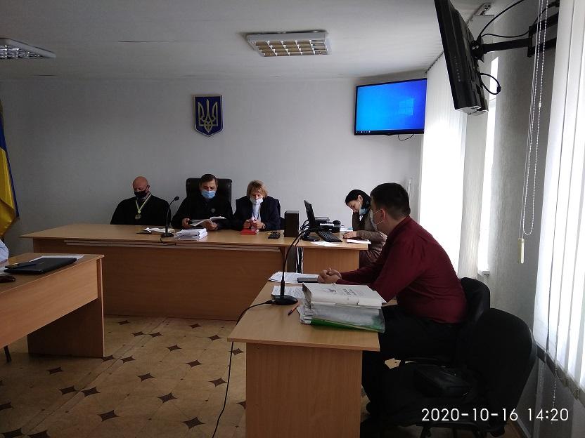 Судьи внимательно осмотрели автомобиль, в котором  Андрея Скоробогатых везли к месту казни