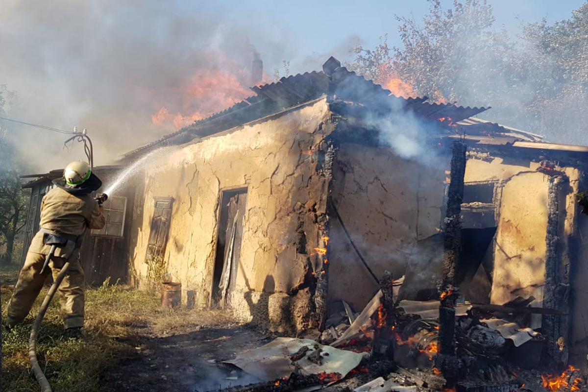 На Юрьевщине сгорел жилой дом, обошлось без жертв