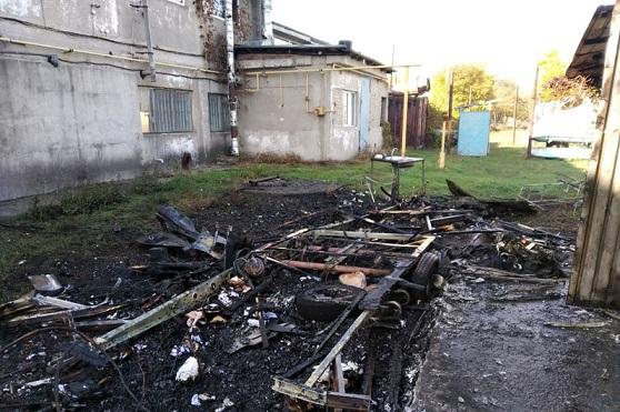 Огонь оставил от трейлера только пепел в с. Богуслав