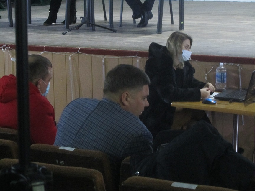 Чтобы пополнить бюджет Терновки с депутатов потребовали оплачивать аренду общественных приемных