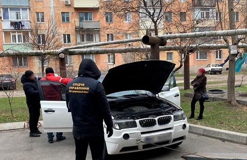 Полиции Павлограда указали на то, что она  прикрывала деятельность  банды рэкетиров, которая держала в страхе всю Днепропетровскую область
