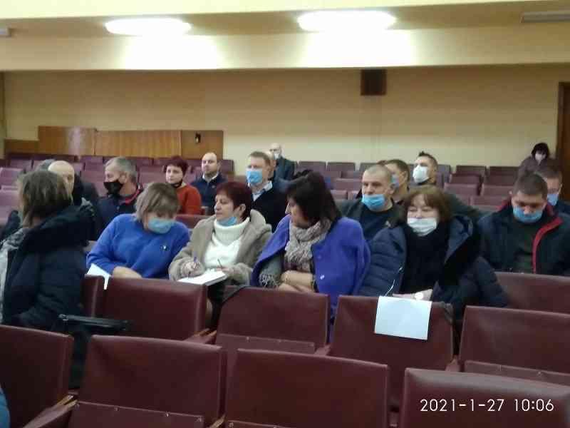 Депутаты Павлоградского райсовета  посоветовали Правительству Украины уйти в отставку, если оно не сможет снизить коммунальные тарифы