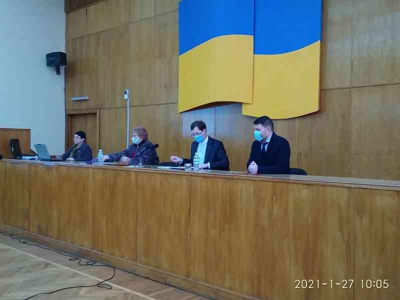 Какие обязательства брало на себя объединение Павлоградуголь, начиная подработку земель?