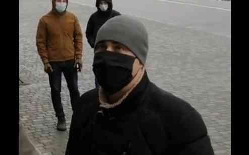 Организатора митинга, в Павлограде, оштрафовали на 2 тыс. грн за экскременты, выплеснутые на него