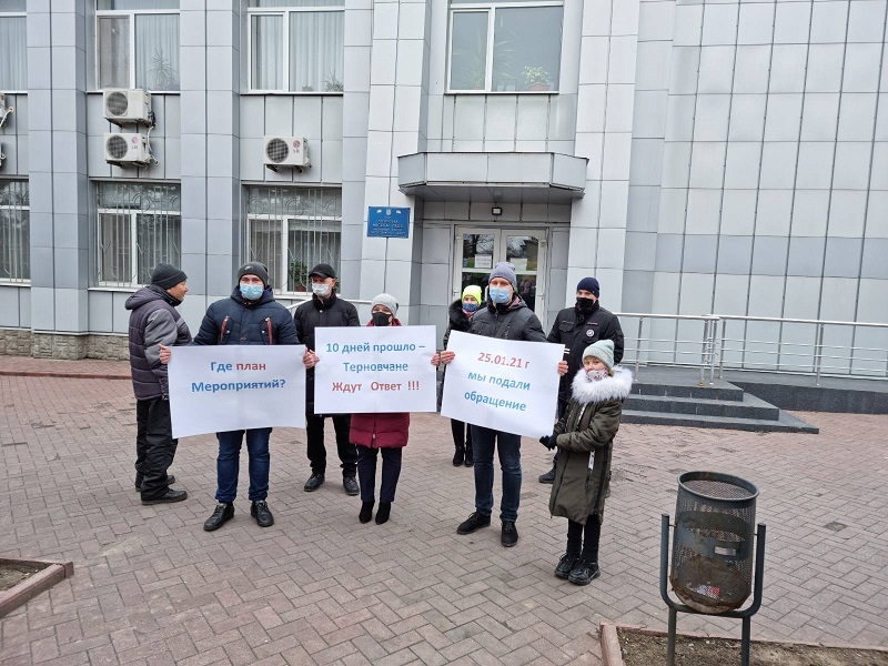 Терновчане ждут ответа от городской власти о том, как она собирается решать вопрос водоснабжения города