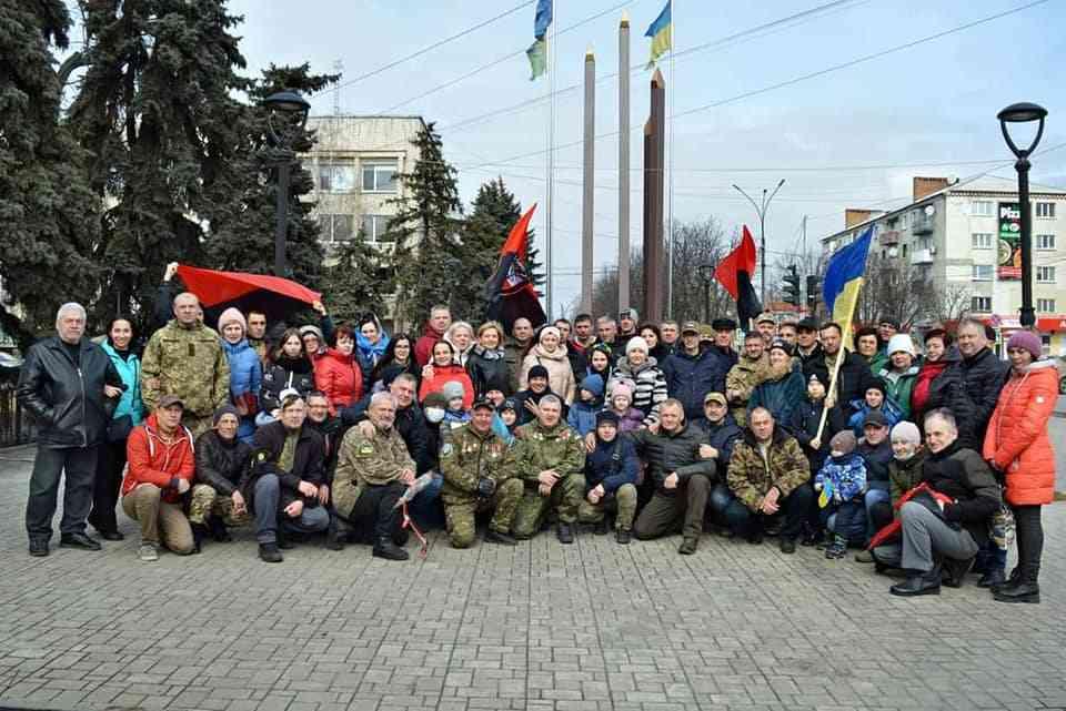 В Павлограді традиційно День добровольця відзначили автопробігом