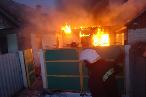 В Павлограде в пожаре погиб 67-летний мужчина, две женщины в тяжелом состоянии доставлены в больницу