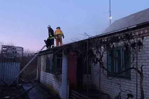 Пожарные успели спасти от огня жилой дом в Юрьевке