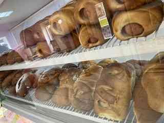 Ароматную свежую выпечку можно купить в магазинах «Маха», «Центральный», « Гарбуз» и « Аист»