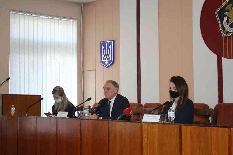 Сергей Воронин: мы помогаем устранять аварии на изношенных трубах водовода ДЗД