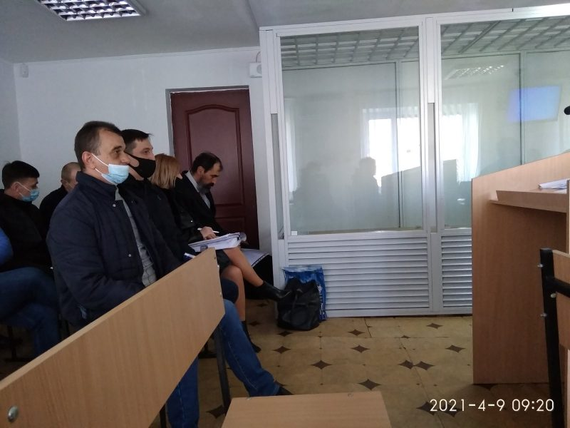 """Павлоградский суд не может приступить к рассмотрению дела о """"банде полицейских"""""""