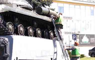 Павлоград приводит в порядок свою военную технику, - враг не пройдет