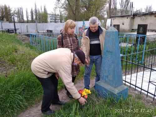 Павлоград не будет за бюджетные деньги обновлять могилу украинского патриота Григория Чапли, - такого героя город не помнит