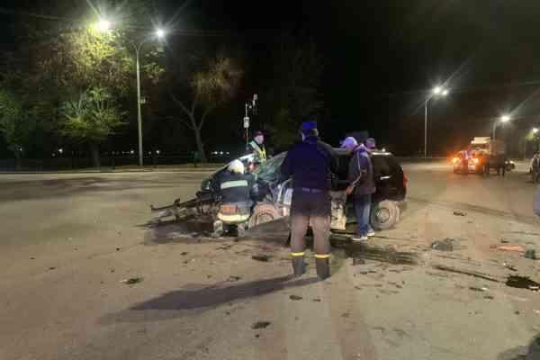 В ДТП в Павлограде пострадали водители автомобилей «Mitsubishi», «Mercedes» и один пассажир