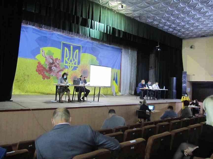 Терновские депутаты предложили побыстрей распродать разрушающиеся государственные объекты, - так жить нельзя