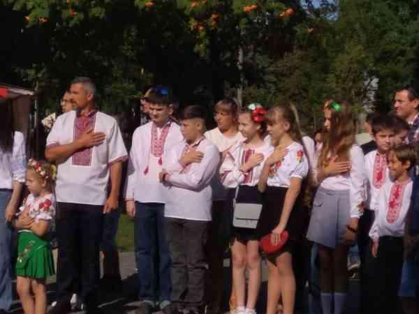30 лучших певцов Павлограда спели гимн Украины в честь юбилея Независимости страны
