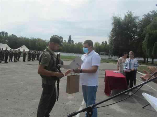 В Павлоград на ротацию вернулись более сотни бойцов батальона особого назначения в/ч 3036 из зоны ООС
