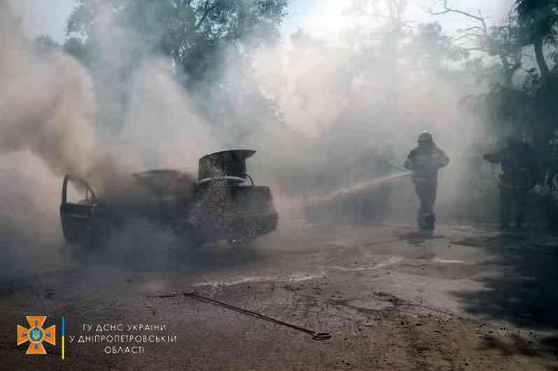 В Павлограде на ул. Центральной горел «Chevrolet Aveo», желающих тушить пожар, кроме спасателей, не нашлось